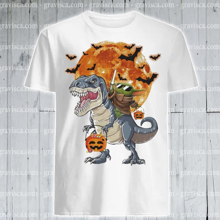 Baby yoda Riding Dinosaurs pumpkin candy Halloween shirt